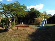 κήπος δ ` 12 67 01 Αλσατία Γαλλία του 2004 enfant Στοκ Εικόνα