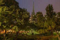 Κήπος & εκκλησία Στοκ φωτογραφία με δικαίωμα ελεύθερης χρήσης