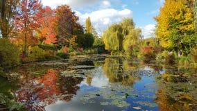 Κήπος θορίου του monet το φθινόπωρο, Giverny, Γαλλία Στοκ Εικόνες