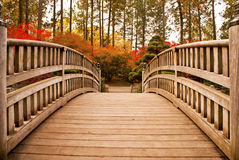 κήπος ιαπωνικά γεφυρών Στοκ Φωτογραφίες
