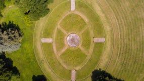 Κήπος και πάρκο, πηγή, βίλα Bagatti Valsecchi, βίλα, εναέρια άποψη, δέκατος όγδοος αιώνας, ιταλική βίλα Στοκ φωτογραφίες με δικαίωμα ελεύθερης χρήσης