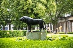 Κήπος στο Alte το παλαιό μουσείο του National Gallery στο νησί μουσείων στο Βερολίνο Γερμανία Στοκ φωτογραφία με δικαίωμα ελεύθερης χρήσης