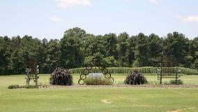 Κήπος τέχνης στο κέντρο γεωργικού ερευνητικοου του δυτικού Τένεσι στοκ εικόνες με δικαίωμα ελεύθερης χρήσης