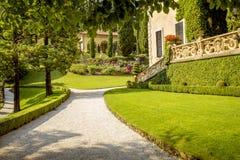 Κήπος της βίλας στη λίμνη Como στην Ιταλία Στοκ Φωτογραφίες