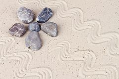 Κήπος της Zen με τις πέτρες άμμου Στοκ εικόνα με δικαίωμα ελεύθερης χρήσης