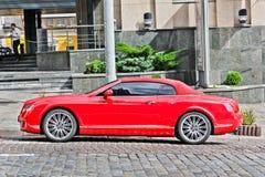 Κίεβο, Ουκρανία  Στις 4 Μαρτίου 2013  Bentley ηπειρωτική GT στοκ εικόνες με δικαίωμα ελεύθερης χρήσης