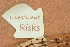 Κίνδυνοι που γράφονται επενδυτικοί στη σημείωση στοκ φωτογραφία