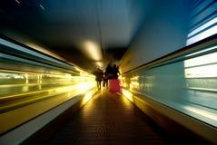 κίνηση κυλιόμενων σκαλών Στοκ εικόνα με δικαίωμα ελεύθερης χρήσης