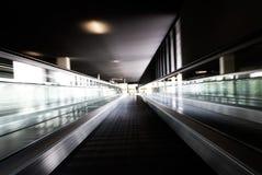 κίνηση κυλιόμενων σκαλών Στοκ Εικόνα