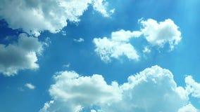 Κίνηση σύννεφων πέρα από τον ουρανό απόθεμα βίντεο