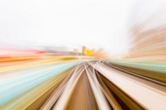 Κίνηση ταχύτητας στην αστική οδική σήραγγα εθνικών οδών Στοκ Εικόνα