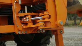Κίνηση του hidraulic μέρους τρακτέρ ` s απόθεμα βίντεο