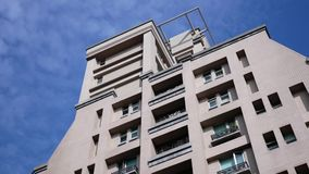 Κίνηση των κατοικημένων νέων κτηρίων πολυόροφων κτιρίων