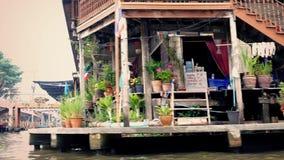 Κίνηση των προηγούμενων καταστημάτων Riverfront στην ανατολική Ασία απόθεμα βίντεο
