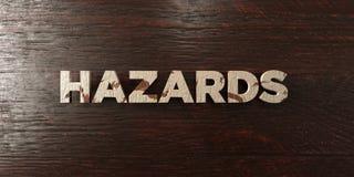 Κίνδυνοι - βρώμικος ξύλινος τίτλος στο σφένδαμνο - τρισδιάστατο δικαίωμα ελεύθερη εικόνα αποθεμάτων απεικόνιση αποθεμάτων