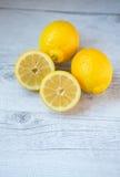 Κίτρινα λεμόνια Στοκ Εικόνες