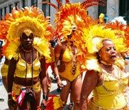 Κίτρινα κορίτσια φτερών της Ατλάντας καρναβάλι Στοκ εικόνα με δικαίωμα ελεύθερης χρήσης