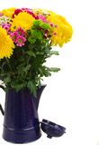 Κίτρινα, κόκκινα και ρόδινα λουλούδια mum Στοκ Εικόνες