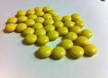 Κίτρινα χάπια Στοκ φωτογραφία με δικαίωμα ελεύθερης χρήσης