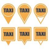 Κίτρινες καρφίτσες ναυσιπλοΐας για το ταξί με το κείμενο Στοκ εικόνα με δικαίωμα ελεύθερης χρήσης