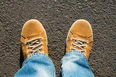 Κίτρινες μπότες σουέτ Στοκ Εικόνες