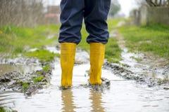 Κίτρινες μπότες Στοκ φωτογραφίες με δικαίωμα ελεύθερης χρήσης