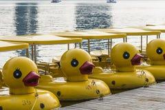 Κίτρινη βάρκα παπιών Στοκ εικόνα με δικαίωμα ελεύθερης χρήσης