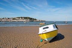 Κίτρινη βάρκα σε Instow Στοκ φωτογραφίες με δικαίωμα ελεύθερης χρήσης
