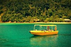 Κίτρινη βάρκα Στοκ Εικόνες