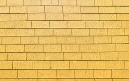 Κίτρινη διάβαση πεζών τούβλου υποβάθρου Στοκ φωτογραφία με δικαίωμα ελεύθερης χρήσης