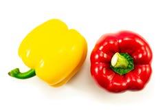 Κίτρινη, κόκκινη τοπ άποψη πιπεριών κουδουνιών που απομονώνεται στο άσπρο υπόβαθρο στοκ φωτογραφία