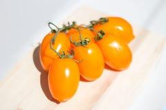 Κίτρινη ντομάτα συστάδων Στοκ Εικόνα