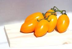 Κίτρινη ντομάτα συστάδων Στοκ φωτογραφία με δικαίωμα ελεύθερης χρήσης
