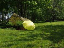 Κίτρινη ομπρέλα Στοκ φωτογραφία με δικαίωμα ελεύθερης χρήσης