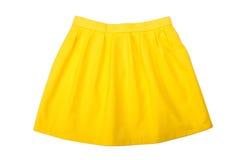 Κίτρινη πτυχωμένη φούστα Στοκ εικόνα με δικαίωμα ελεύθερης χρήσης
