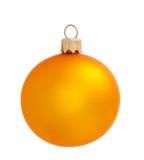 Κίτρινη σφαίρα Χριστουγέννων που απομονώνεται στο υπόβαθρο Στοκ Εικόνες
