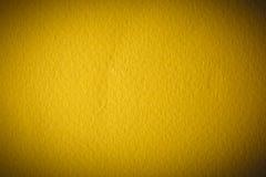 Κίτρινη σύσταση εγγράφου watercolor για το υπόβαθρο Στοκ φωτογραφία με δικαίωμα ελεύθερης χρήσης