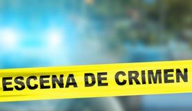 Κίτρινη ταινία κορδονιών σκηνών εγκλήματος στα ισπανικά Στοκ φωτογραφία με δικαίωμα ελεύθερης χρήσης