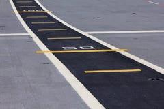 Κίτρινοι αριθμοί και γραμμές - εικόνα αποθεμάτων Στοκ Εικόνες