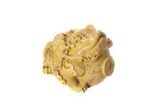 Κίτρινος βάτραχος με τα χρήματα που απομονώνονται στο άσπρο υπόβαθρο Στοκ Εικόνες