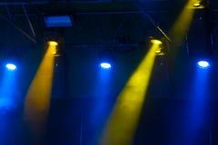 Κίτρινος και μπλε φωτίστε Στοκ Εικόνα
