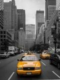 Κίτρινο αμάξι στην πόλη της Νέας Υόρκης Στοκ φωτογραφίες με δικαίωμα ελεύθερης χρήσης
