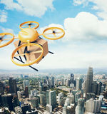 Κίτρινο γενικό σχεδίου φωτογραφιών τηλεχειρισμού αέρα κηφήνων πετώντας κιβώτιο τεχνών ουρανού κενό κάτω από την αστική επιφάνεια  Στοκ εικόνα με δικαίωμα ελεύθερης χρήσης