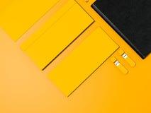 Κίτρινο εταιρικό πρότυπο ταυτότητας Στοκ φωτογραφία με δικαίωμα ελεύθερης χρήσης