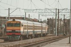 Κίτρινο τραίνο diesel Στοκ φωτογραφίες με δικαίωμα ελεύθερης χρήσης