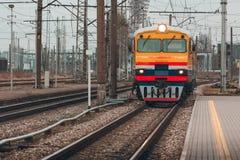 Κίτρινο τραίνο diesel Στοκ Εικόνα
