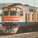 Κίτρινο τραίνο diesel Στοκ Φωτογραφία