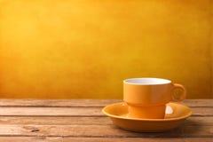 Κίτρινο φλυτζάνι καφέ Στοκ φωτογραφία με δικαίωμα ελεύθερης χρήσης
