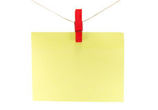 κίτρινο φύλλο του εγγράφου για τις σημειώσεις και paperclip Στοκ εικόνα με δικαίωμα ελεύθερης χρήσης