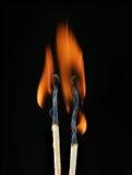 καίγοντας αντιστοιχία δύο Στοκ Φωτογραφία